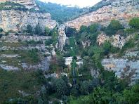 Els tres saltants del Tenes des del mirador natural de Sant Miquel del Fai