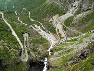 Jalan Raya Terindah di Dunia