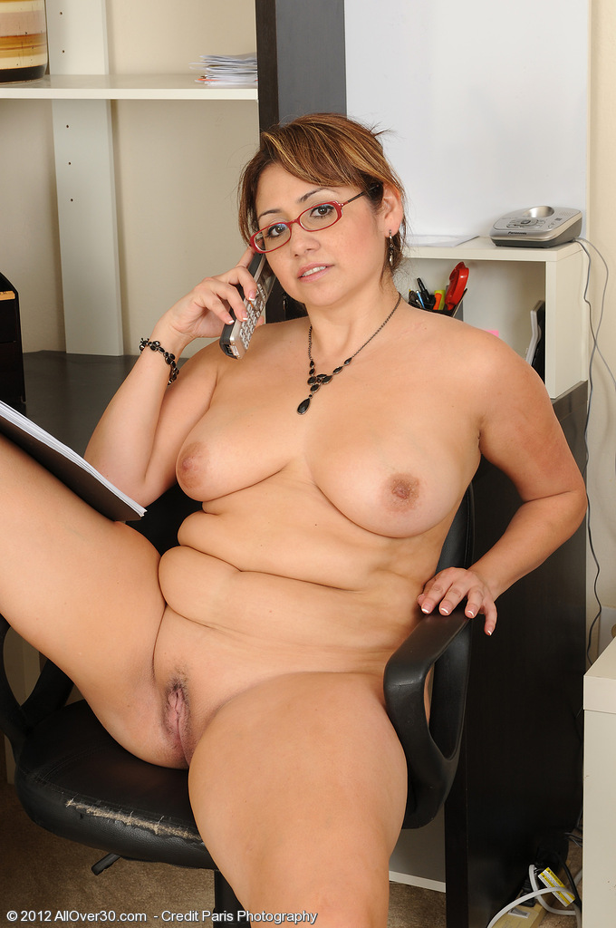 mature mommy porn pics Tons of free porn pics and free sex videos.