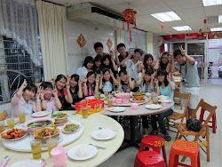 团圆饭reunion dinner 2011