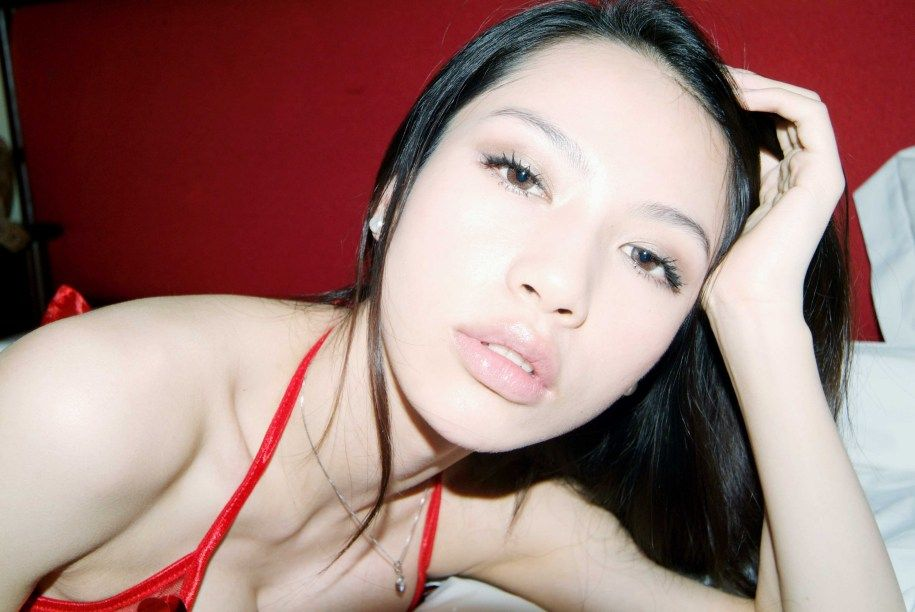 mavis pan shuang shuang sexy red bikini photos 01