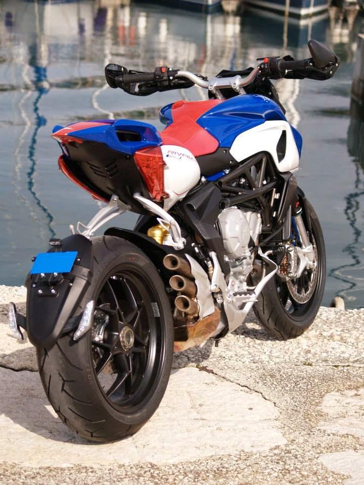 Racing Cafè: MV Agusta Rivale 800 America by Alkadesign