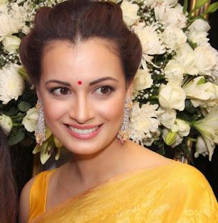 Kangana Ranaut and Dia Mirza in Designer Saree at Sunar Jewellery Store Launch Stunning Beauties