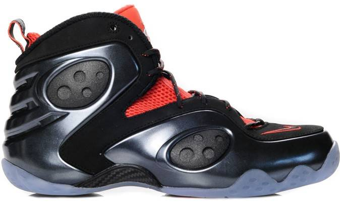 Here's a look at Penny Hardaway's Nike Zoom Rookie LWP in a colorway that  may be linked to Halloween. The eye-catching shoe sports a metallic black  ...