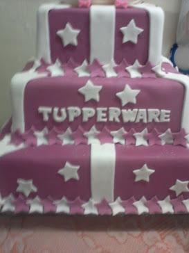 bolo de 35 anos da tupperware