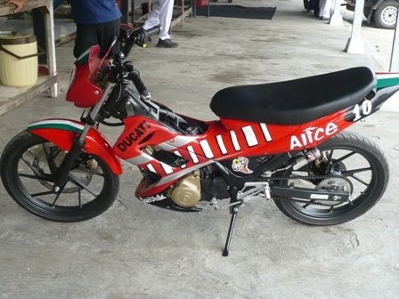 Suzuki Satria F Modifikasi Custom Body1