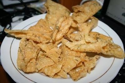 Resep dan Cara Membuat Kue Bawang Renyah