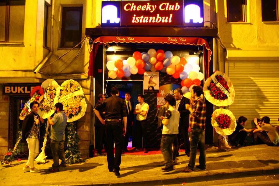 Gay nightlife in istanbul