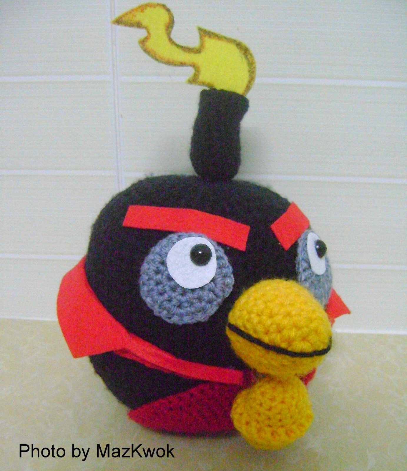 Black Angry Bird Amigurumi Pattern : Be A Crafter xD: Angry bird space version - Black bird ...