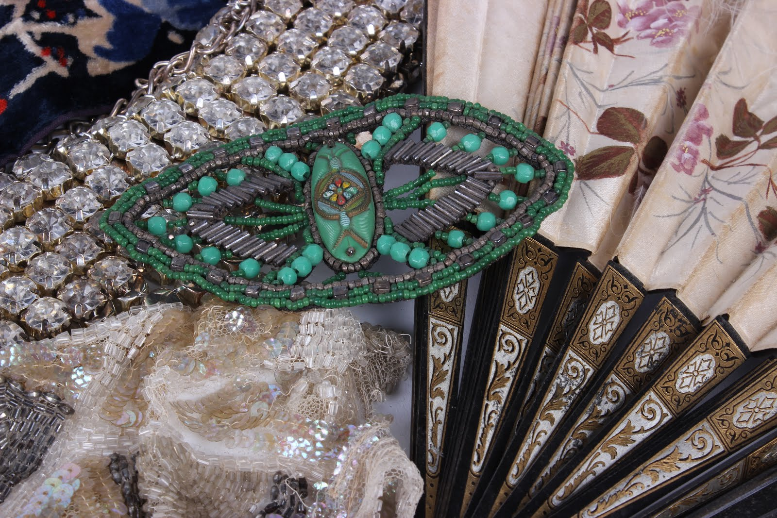 Bristol Auction Rooms Collectors, Textile and Vintage Fashion Auction