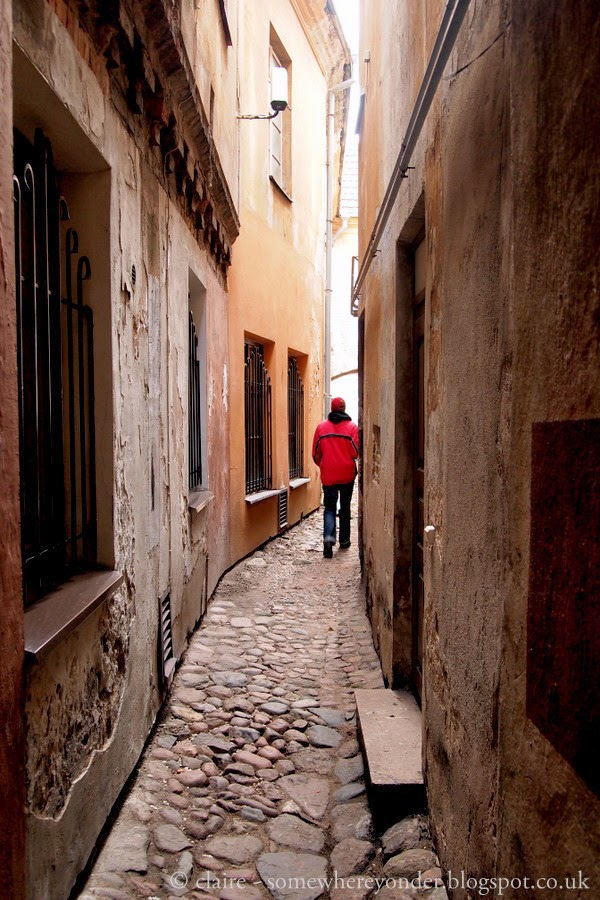 The narrowest street in Vilnius