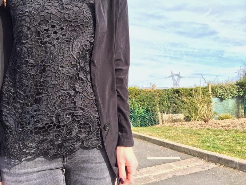 blouse-dentelle-zara