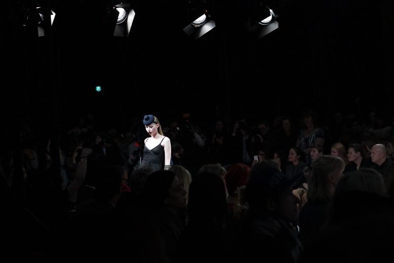 vivienne westwood show copenhagen, borgsen vivienne westwood copenhagen fashion week, third row vivienne westwood, first row