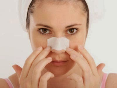 Tips dan Cara Sehat Menghilangkan Komedo di Wajah