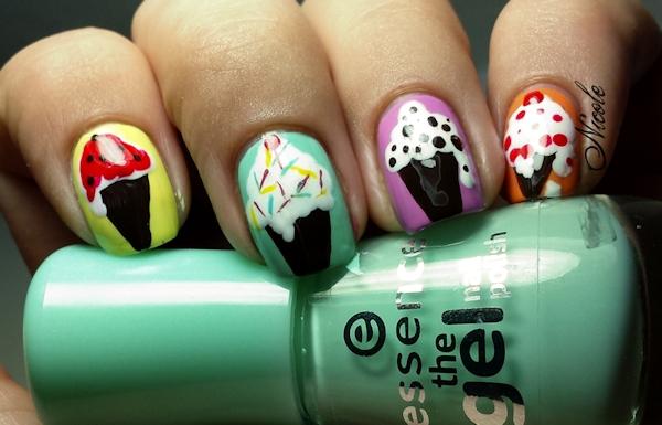 http://rainpow-nails.blogspot.de/2015/08/candy-aber-bitte-mit-vieeeeel-sahne.html