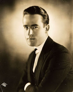 Harold Lloyd (April 20, 1893 – March 8, 1971).