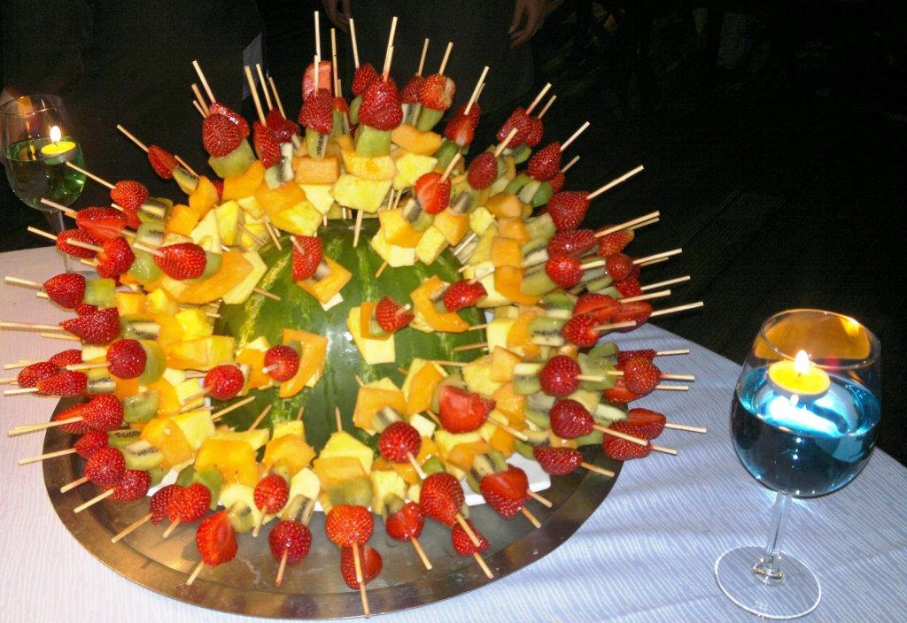 Buffet Di Dolci E Frutta : Buffet di dolci e di frutta album delle portate