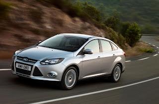 2012-Ford-Focus-08