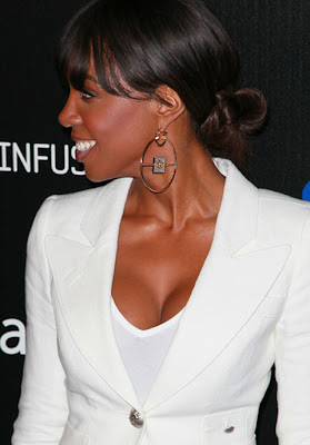 Kelly Rowland Gold Hoop Earrings
