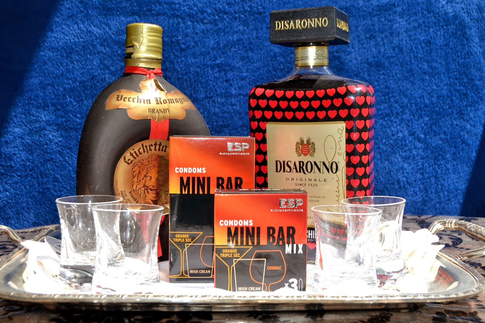 http://www.syriouslyinfashion.com/2015/04/esp-mini-bar-mix-review.html