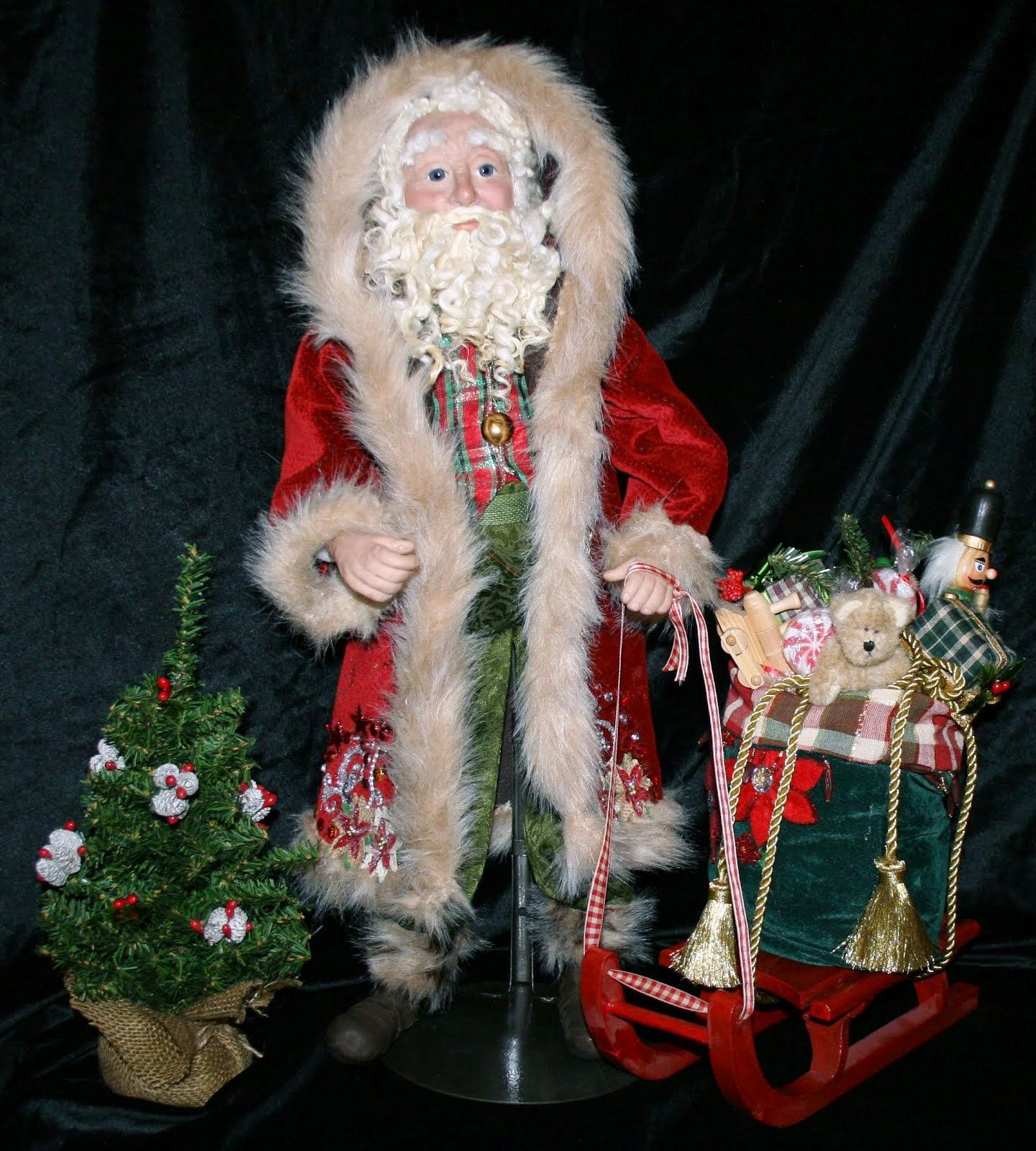 2014 Santa Art Doll
