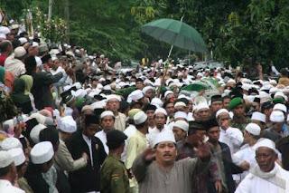 foto pemakaman KH Abdullah Faqih4