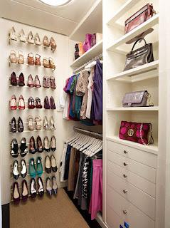 small closet shoes