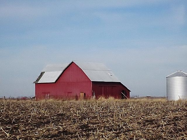 Old Barns Via Knickoftimeinteriorsblogspot