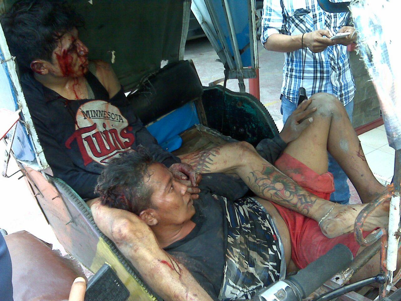 Ketahuan Curi Buah Mangga, Dua Pemuda Dihajar Hingga Bonyok
