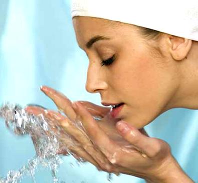 As melhores dicas de cuidados com a pele, os cabelos e as unhas