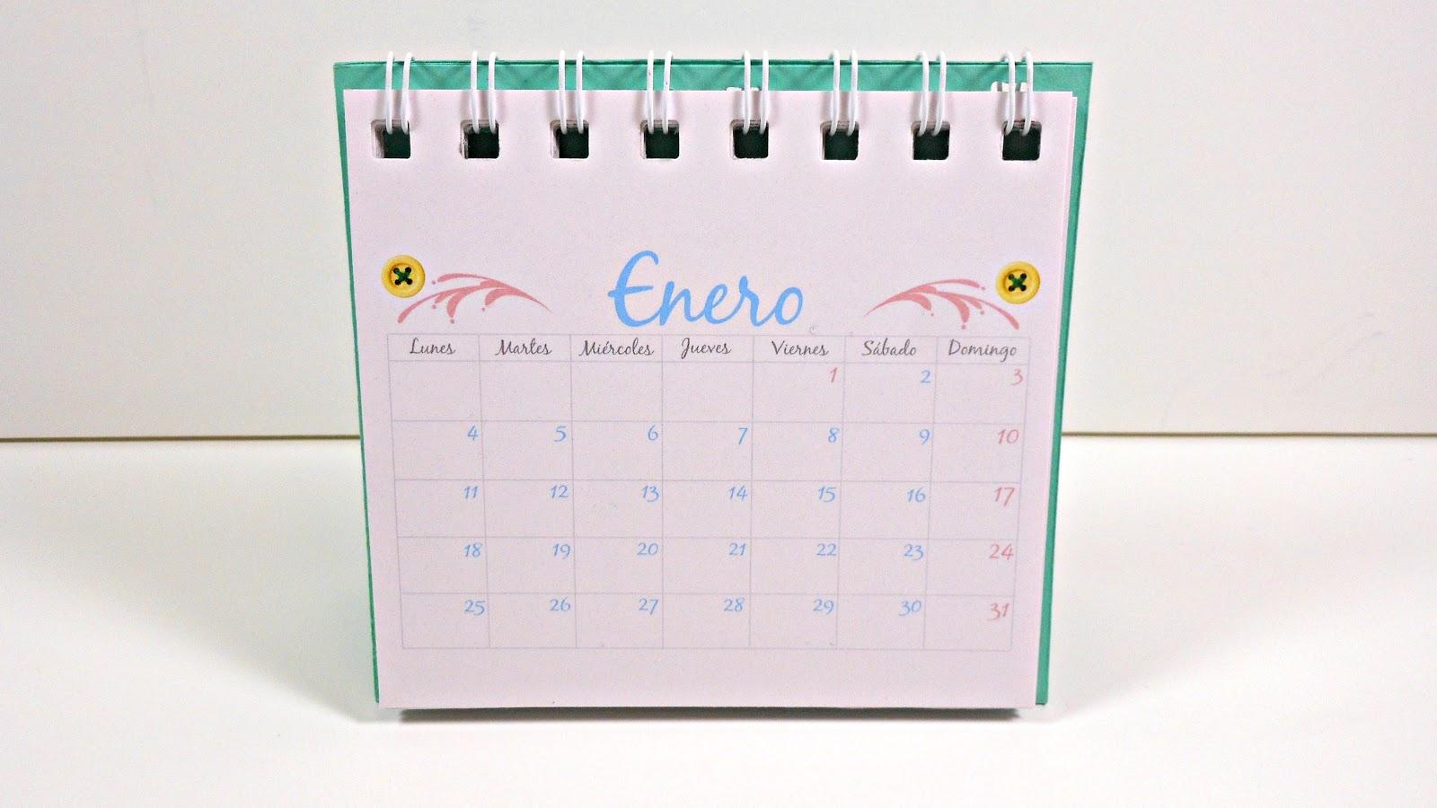 te dejo el vdeo con el paso a paso de cmo hice este calendario de escritorio es muy fcil de hacer y es muy prctico para tener siempre a la vista el