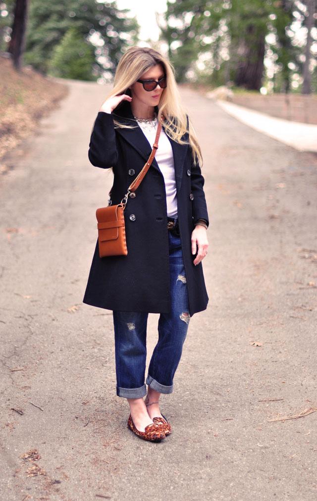 cognac and black, boyfriend jeans, classic style, leopard print
