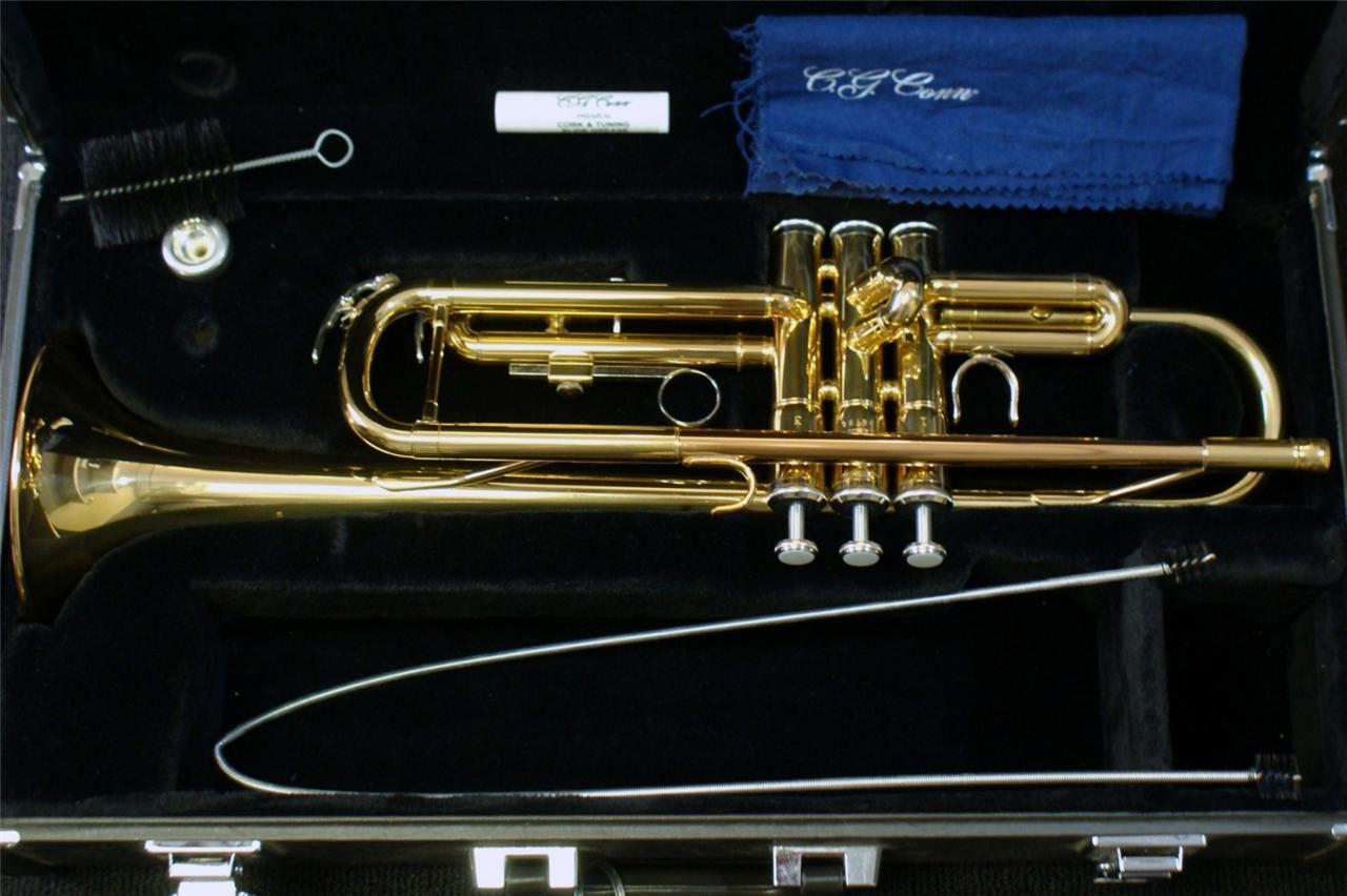 Yamaha student trumpet model ytr2335 with case and for Yamaha student trumpets
