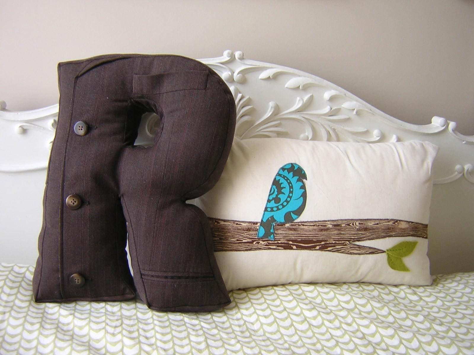 Как сделать подушку ниши валик