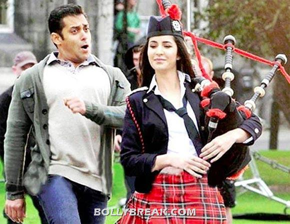 Kat and sallu -  Salman or Srk- katrina looks better with.....