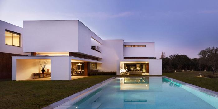 Casas minimalistas y modernas casa minimalista en madrid for Casa minimalista 6 x 12