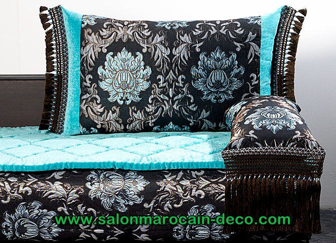 salon marocaine moderne tissus pour sedari salon marocain traditonnel. Black Bedroom Furniture Sets. Home Design Ideas