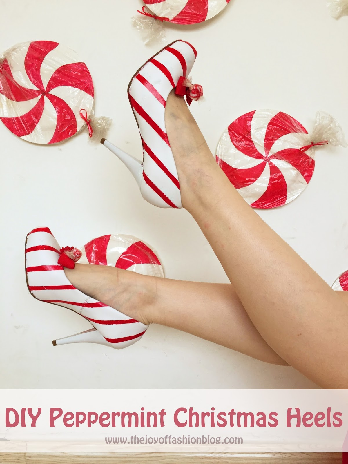 Adorable DIY peppermint heels for Christmas! Click through for full tutorial