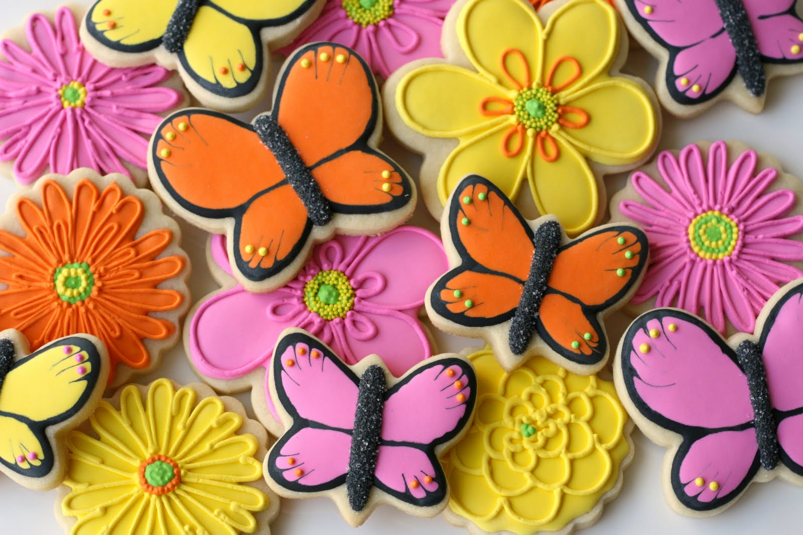 Beautiful butterfly cookies decorating how to glorious - How to decorate butterfly ...