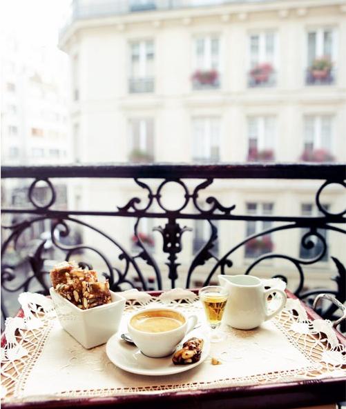 Petite paris petit balcon 39 s in paris - Le petit balcon paris ...