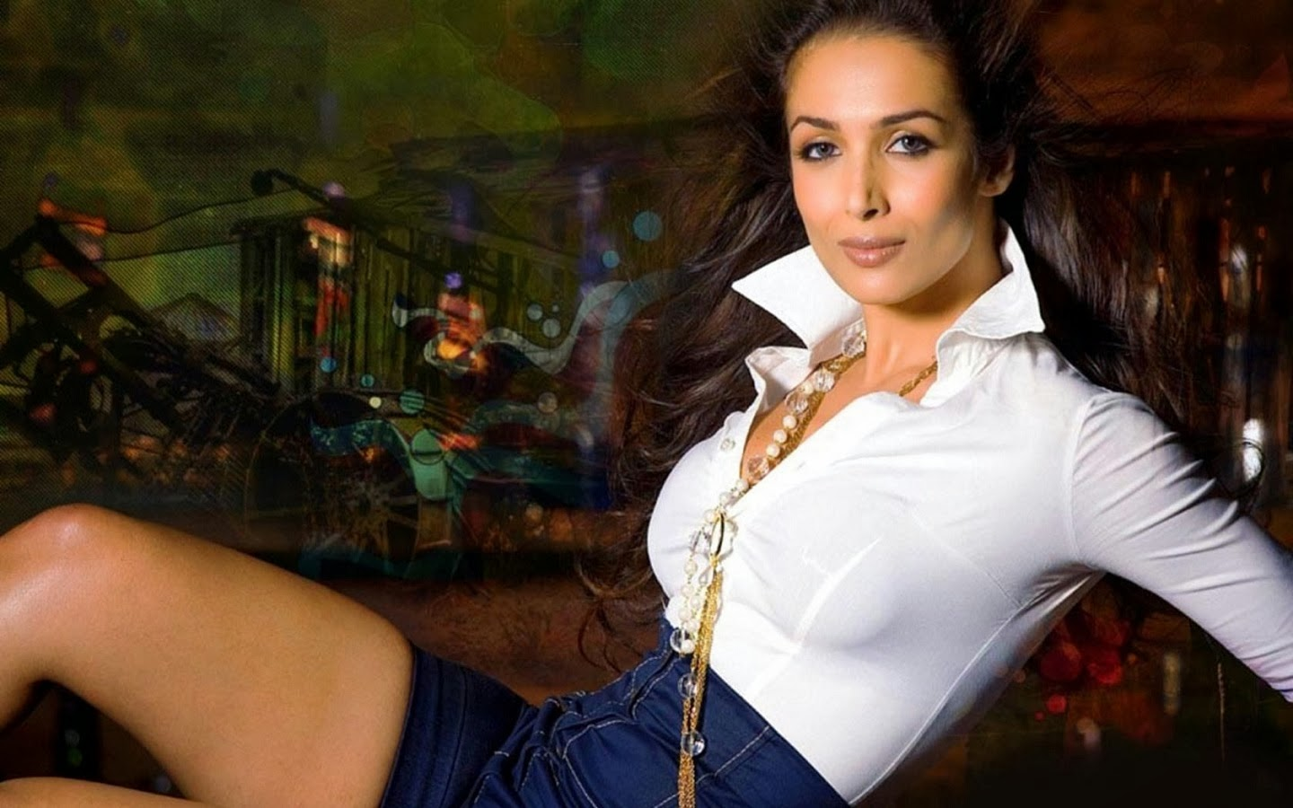 MALAIKA ARORA_WALLSTOWN_IN_BOLLYWOOD ACTRESS
