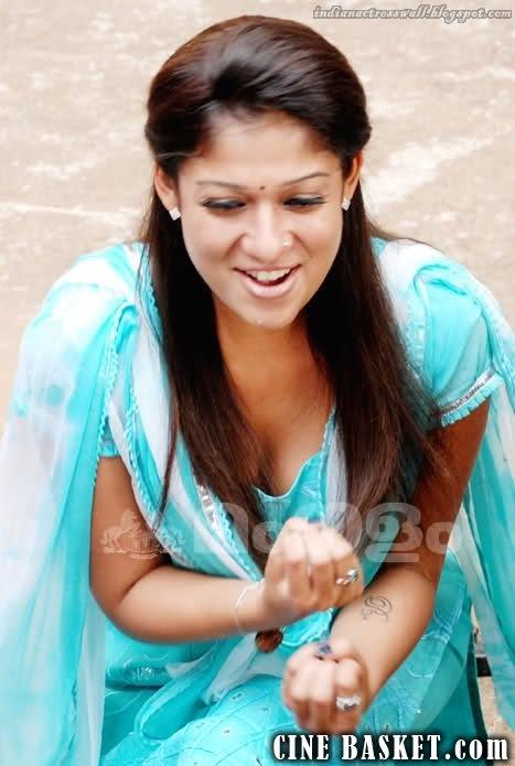 nayanthara hot braless photos