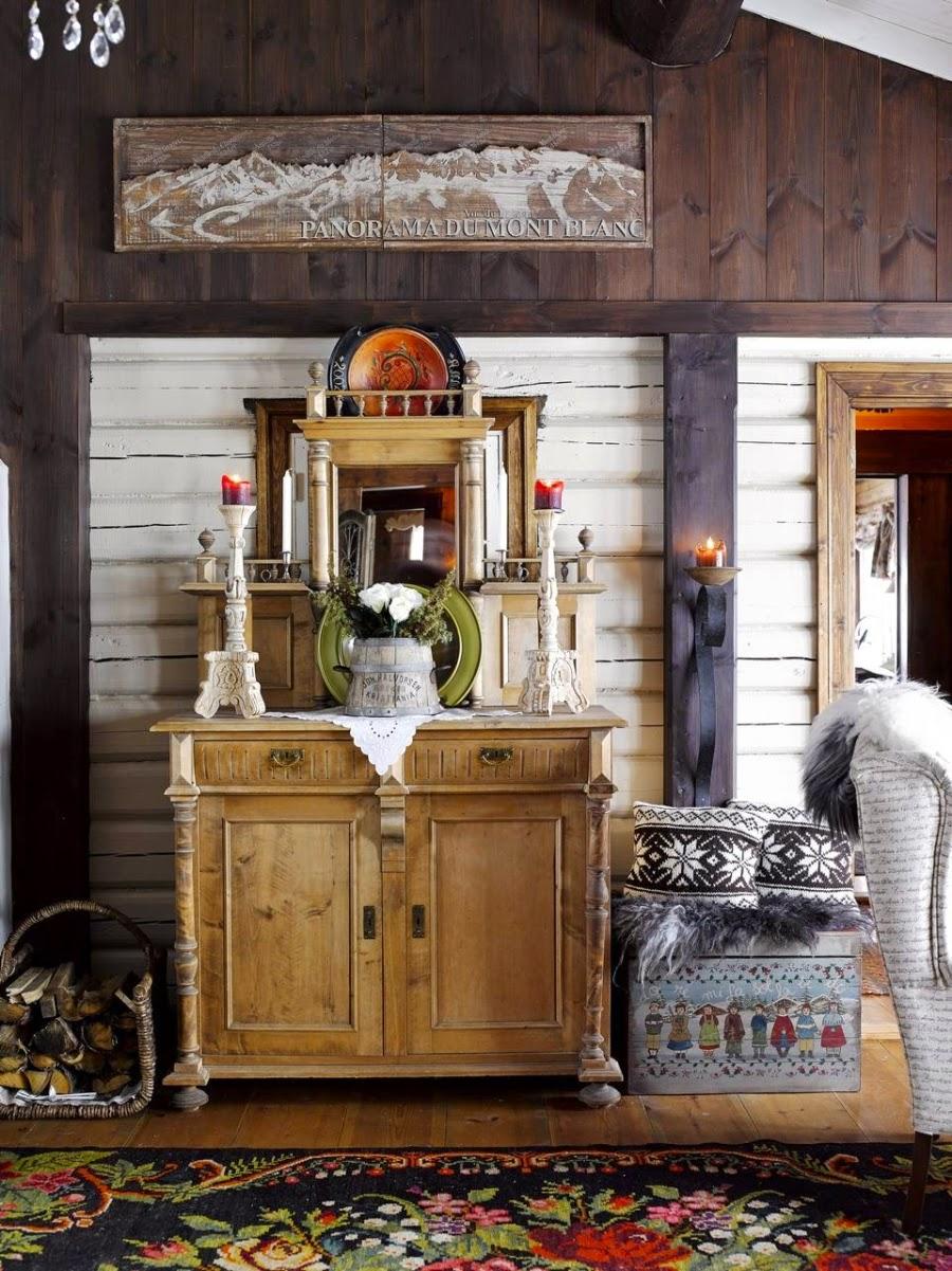 wystrój wnętrz, wnętrza, urządzanie mieszkania, dom, home decor, dekoracje, aranżacje, drewniana chata, dom z bali, dom w górach, styl ludowy, styl skandynawski, komoda, świeczniki
