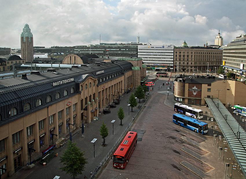 Vista sobre o largo da estação
