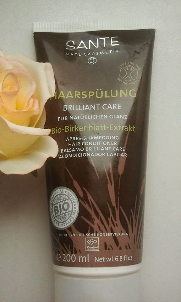 Sante-Brilliant-Care-Hair-Conditioner-with-a-rose