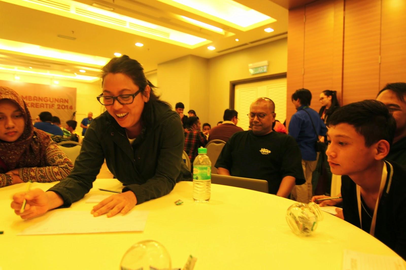 Tengku Monaliza di Kem Pembangunan Remaja Kreatif 2014
