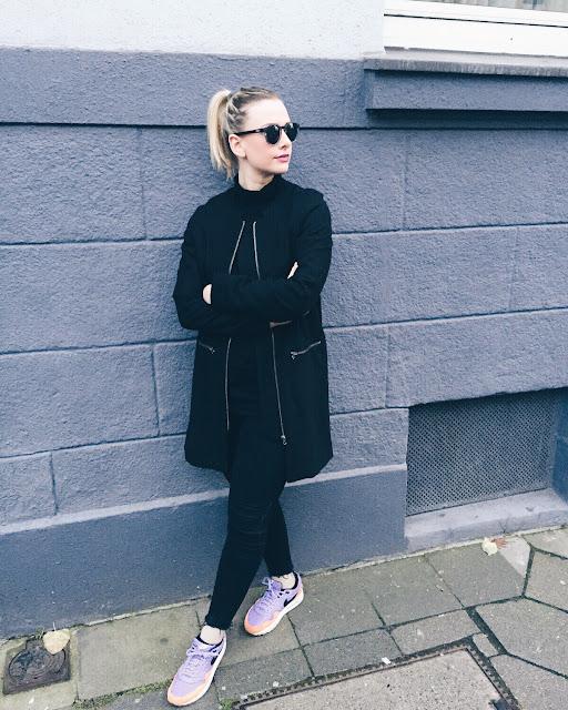 k-fashion-clothing-black-widow
