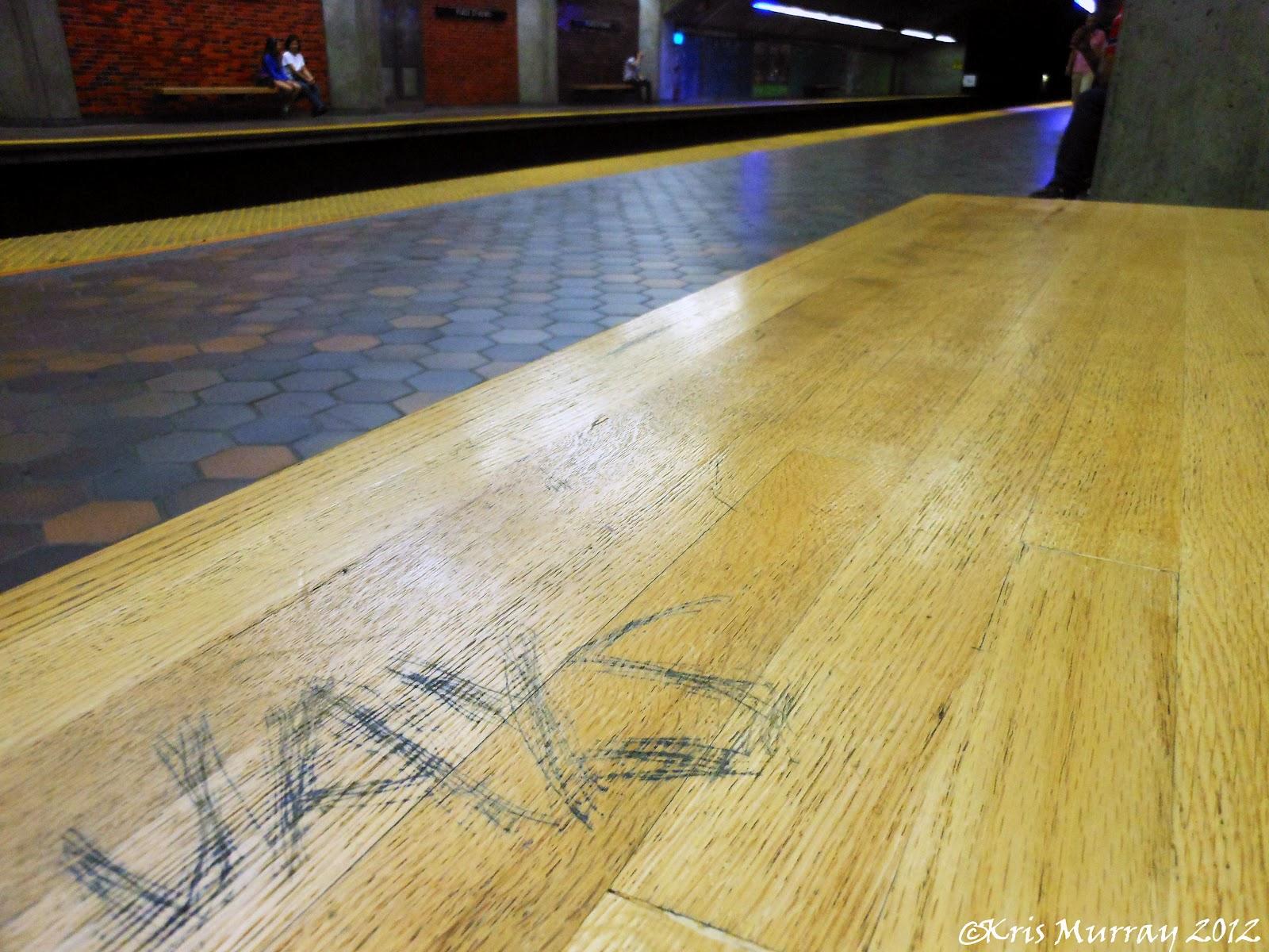 http://3.bp.blogspot.com/-WQYlan9N0KU/UDcIf7kOZJI/AAAAAAAAIdk/8Cwtry1sKF8/s1600/Jays+St+Henri+Aug+22+2012+1+wm.jpg