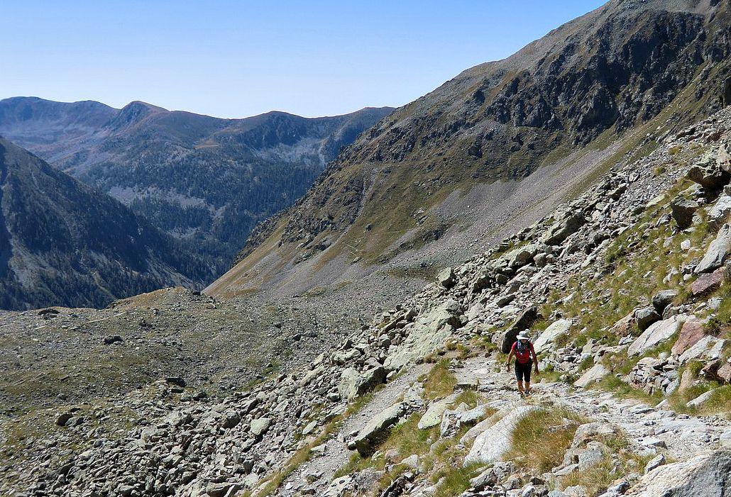 Approaching Col de Fenestre