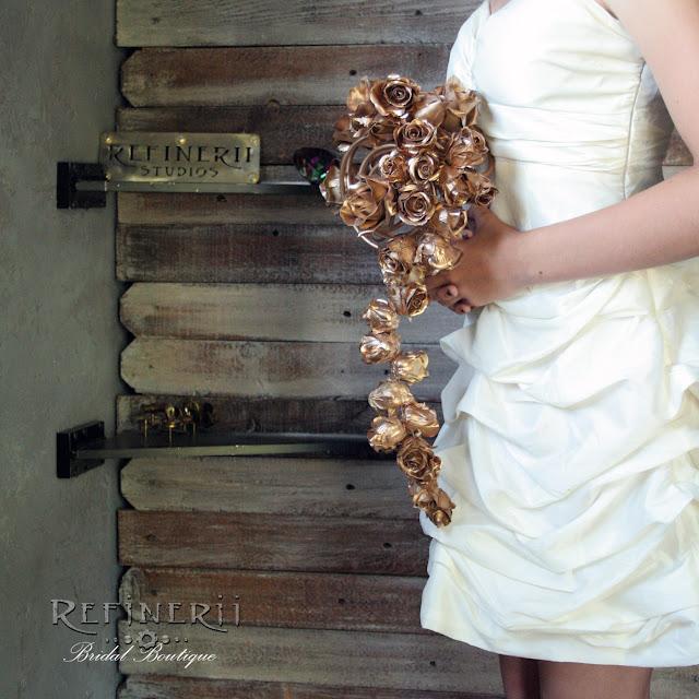golden roses trailing bouquet